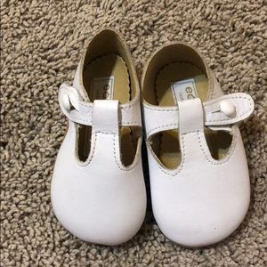 Early Days Size 1 T Strap Baby Shoes